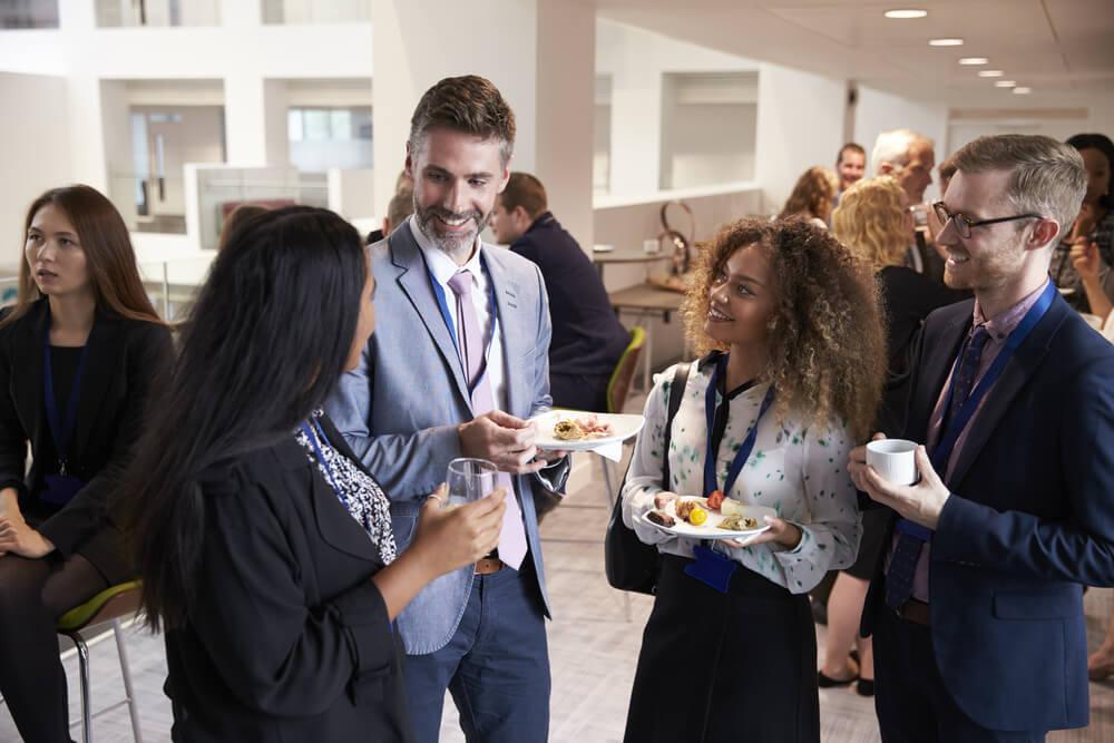 coisas que ninguém te conta sobre empreendedorismo - networking